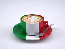 taza-del-capuchino-con-la-bandera-de-italia-84773766